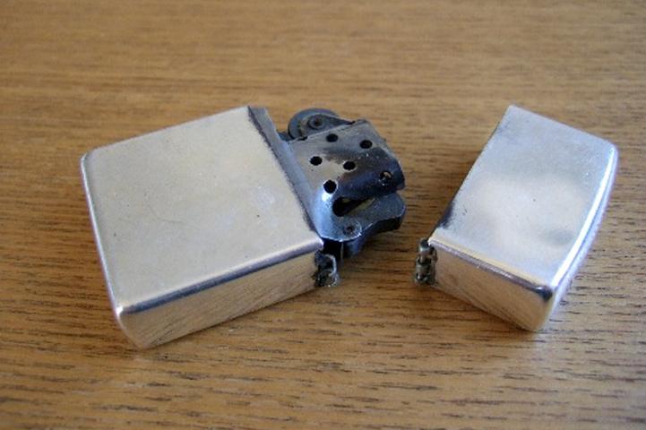 禁煙して使わなくなったガスライター、着火しない壊れたライター、ジッポー、各種オイルライターも買取します。