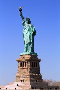 アメリカの自由の女神像