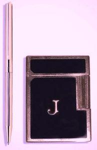 ジャクリーン・ケネディ・オナシスのライターとボールペン「クラシック」